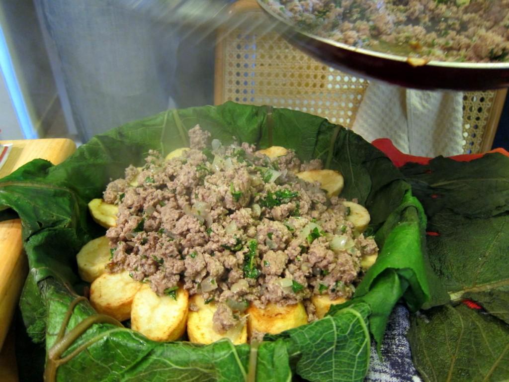 עוגת לשון הפר, בשר טחון ותפוחי אדמה