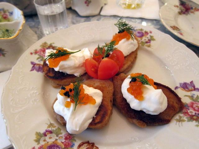 יש מצב שבליני זה בעצם סוג של לחוח רוסים? דברים שעולים בארוחת בוקר בכרם התימנים