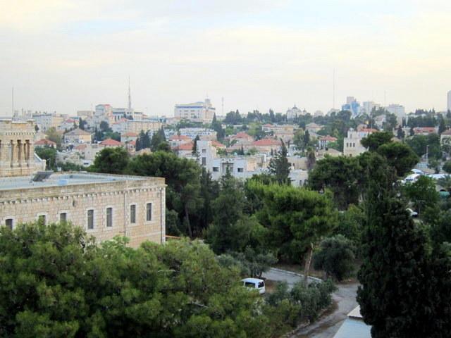 אהובתי על מגדלייך הגבוהים. שבת נכנסת על ירושלים