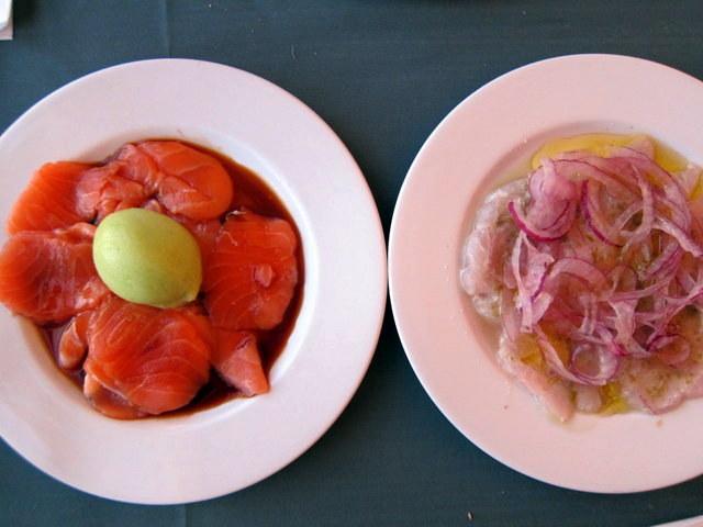 מימין: פשטות מנצחת. משמאל: הדבר הכי מתוחכם, כנראה שתמצאו במסעדה הזו. וגם הוא מוצלח מאוד