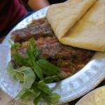 קבב בחצילים, מסעדה צ'יה