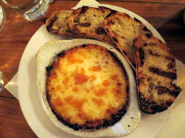 """השילוש הקדוש של גבינה, נקניק ולחם בגירסתו ה""""חייתית"""""""